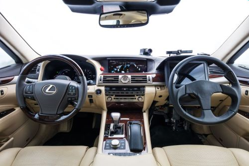 small resolution of toyota s new self driving car has two steering wheels to prevent robot joyriding