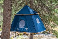 This hanging tent is an instant treehouse - Curbed