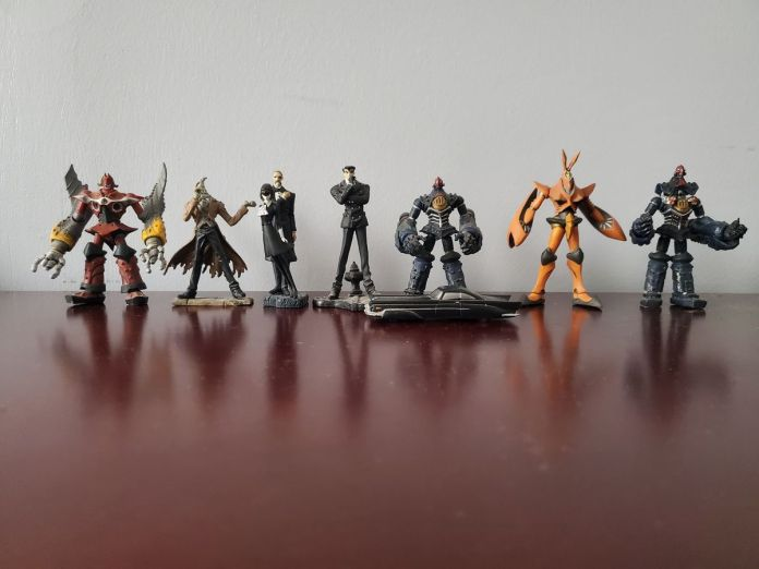 A photo of the entire set of limited edition figurines based on the 1999 mecha anime The Big O