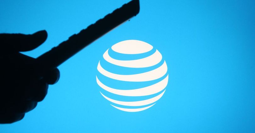 AT&T violated labor law but can still ban workers from recording conversations, NLRB rules