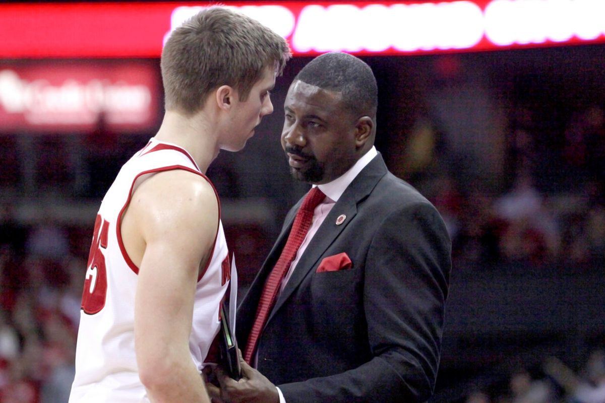 Wisconsin Assistant Coach Howard Moore Talks To A Player John Hart Wisconsin State Journal Via Ap