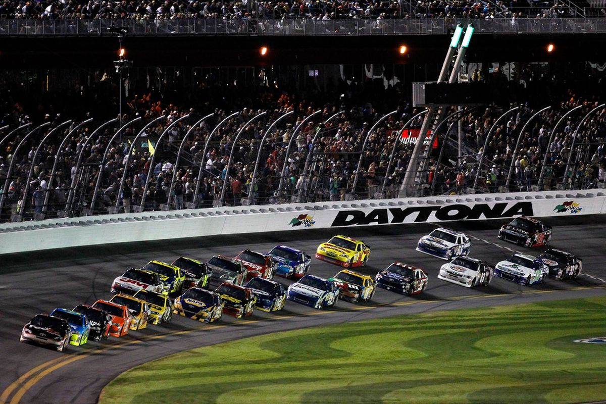 Los Angeles Iphone X Wallpaper The 2012 Daytona 500 Our Complete Coverage From Start To