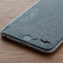 cracked iphone, screen repair