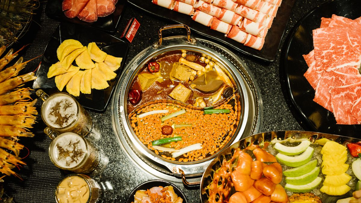 Why Is Taiwan So Obsessed With Hot Pot Eater