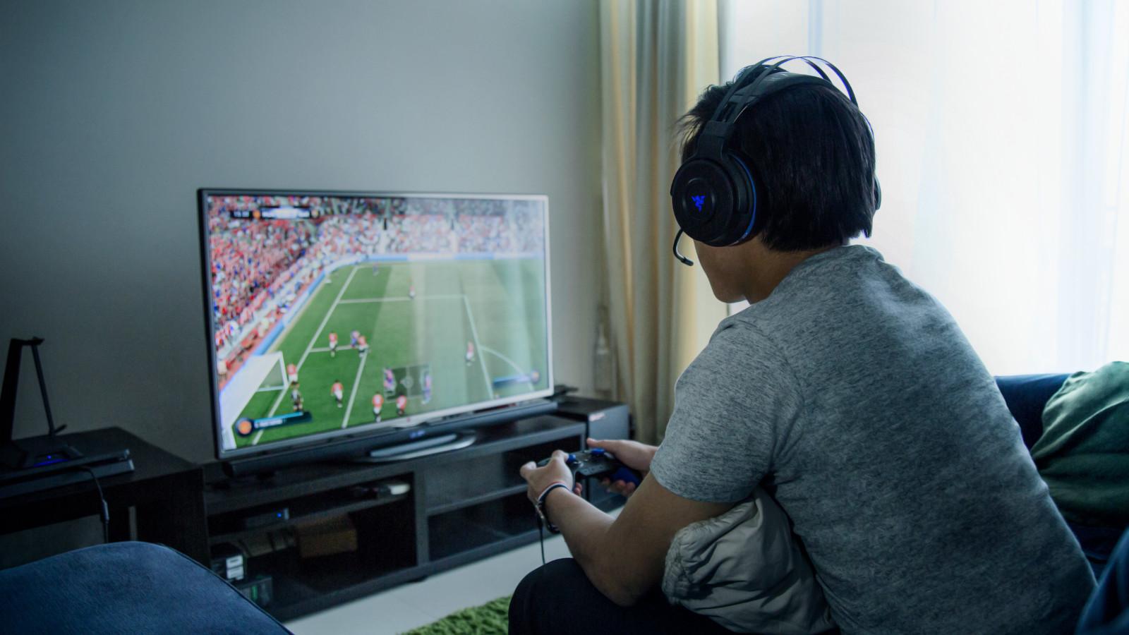 Razer Unveils PC PS4 Xbox One Wireless Surround Sound