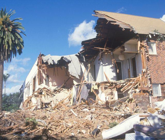 Usgs Predicts Las Next Big Earthquake Could Displace 270000 People Curbed La