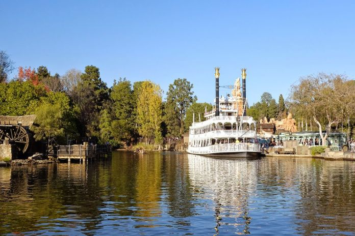 Photo of a steamboat on a lake in Frontierland, Disneyland, CA