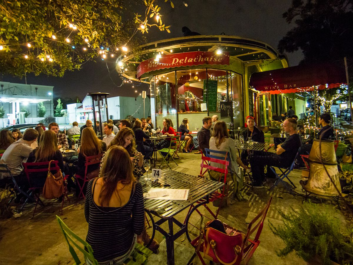 New Orleans Essential Outdoor Dining Spots Eater New