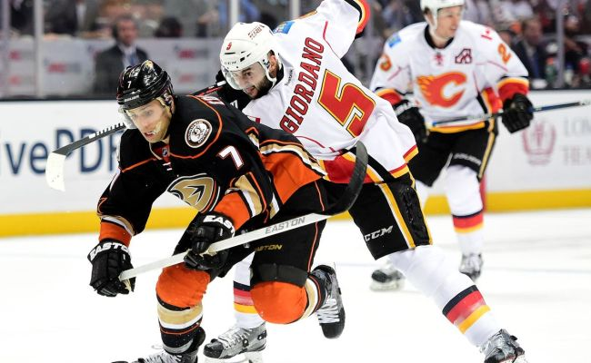 Preview Calgary Flames Vs Anaheim Ducks 12 29 16 38 82