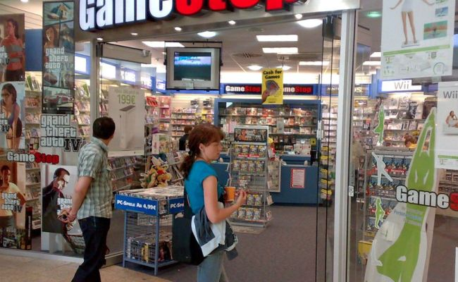 Gamestop Will Let You Return A Game For Full Credit Within