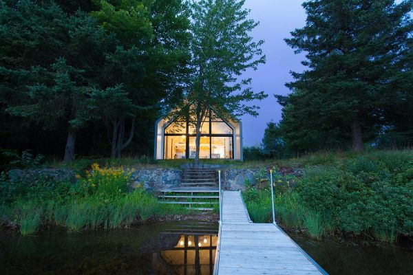 Gorgeous Modern Cabin Overlooks Lake In Quebec - Curbed