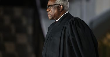 Clarence Thomas really wants Congress to regulate Twitter moderation