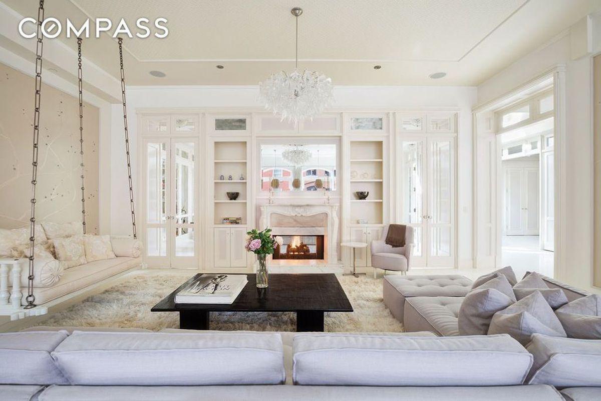 Inside Gwyneth Paltrows ethereal Tribeca loft now
