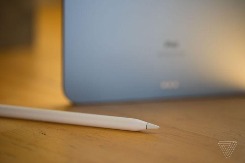Funziona anche (solo) con il nuovo stile di Apple Pencil