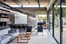 Concrete House Offers Indoor-outdoor Living Fruit