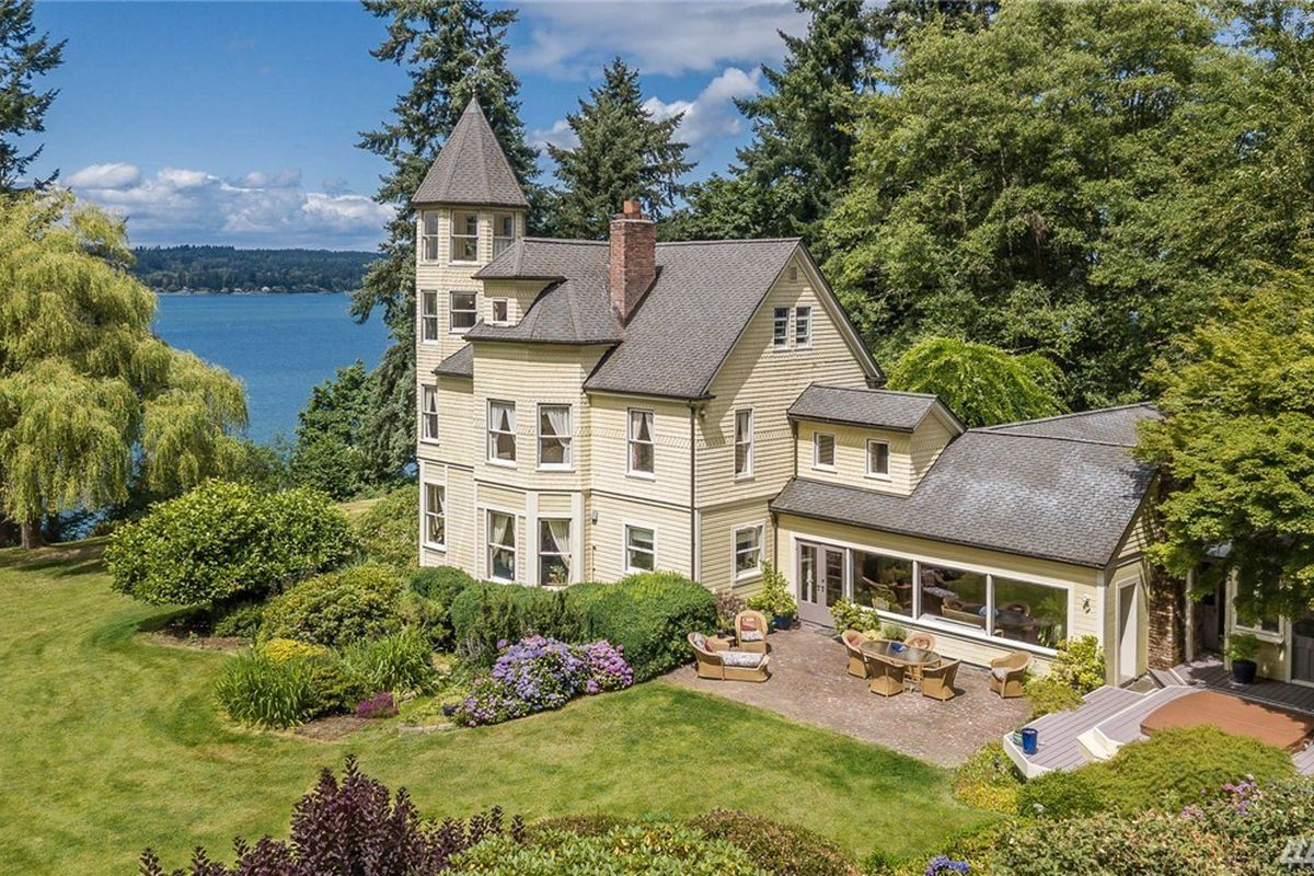 Sutters Castle Lists At 35M On Vashons Waterfront Curbed Seattle
