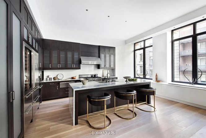 Leonardo Dicaprio S Health Conscious Village Condo At 2