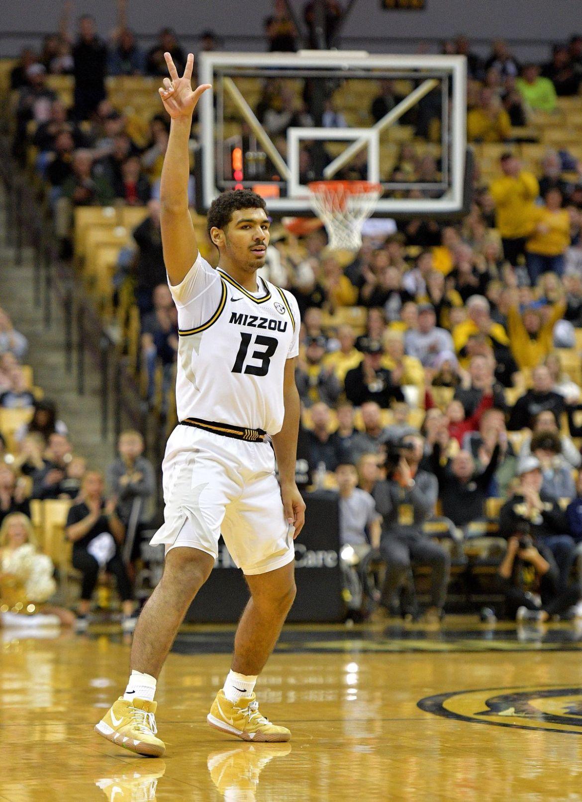 NCAA Basketball: Xavier to Missouri