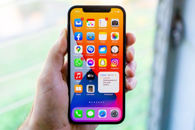 cgartenberg_210629_4653_002.0 How to change your iPhone's text size for a specific app | The Verge