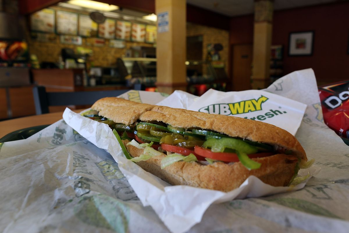 subway s 5 footlong