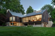 Modern Farmhouse Highlights Glass And Charred Timber - Curbed