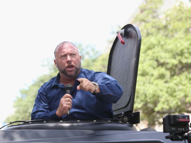 Alex Jones speaking at an outdoor event in Austin, Texas, on April 25, 2020.