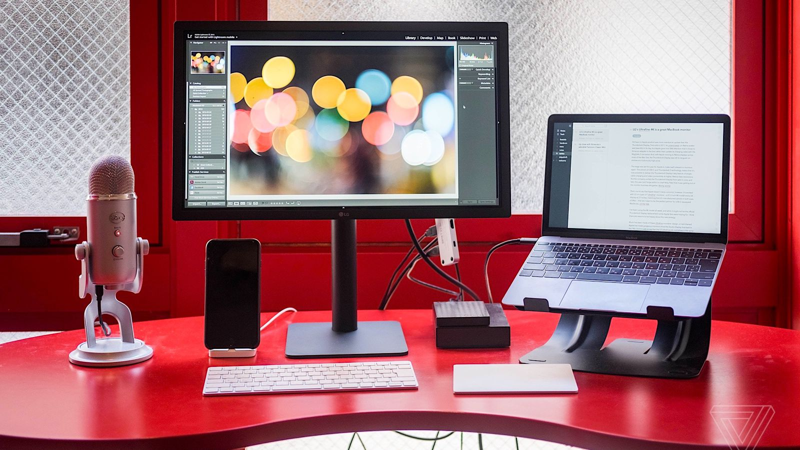 Mac Moving Wallpaper Hd The Lg Ultrafine 4k Is A Great Macbook Monitor The Verge