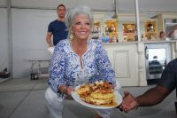 Paula Deen Is Opening A Dallas-Area Restaurant, Yall ...