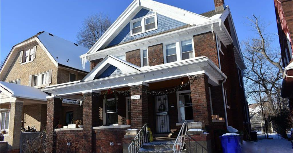 La Salle Gardens home tries for 310K  Curbed Detroit