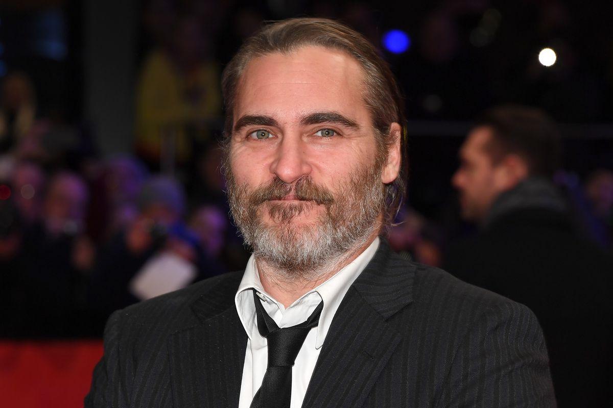 Alec Baldwin Reportedly Joins Joaquin Phoenix For Joker
