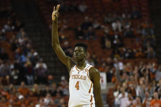 Mo Bamba (Texas) plays against Iowa State.
