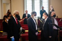 Chicago Fines Three Churches for Holding Services Despite Social Distancing Rules