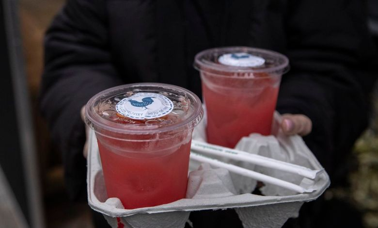 New York Abruptly Ends Its Popular Takeout Cocktail Program