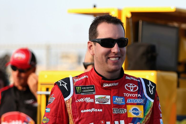 NASCAR qualifying at Chicago results: Kyle Busch leads Toyota 1-2-3 - SBNation.com