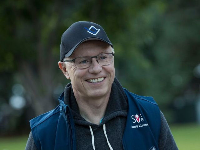Venture capitalist Doug Leone seen arriving at the Sun Valley Conference.