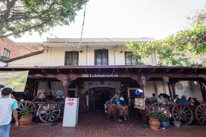 La Golondrina Cafe en la calle Olvera