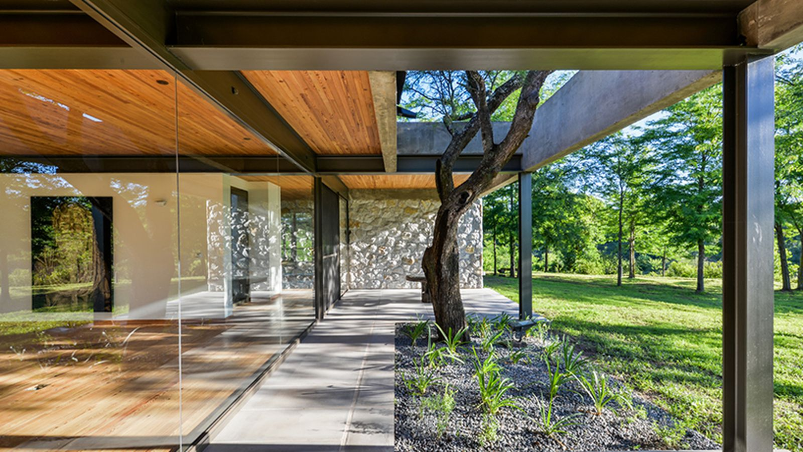 Concreteandglass house in Argentina is spare and beautiful  Curbed