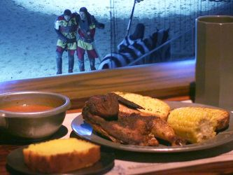 Watch: How Medieval Times Serves 1 300 Chicken Dinners in 30 Minutes Eater