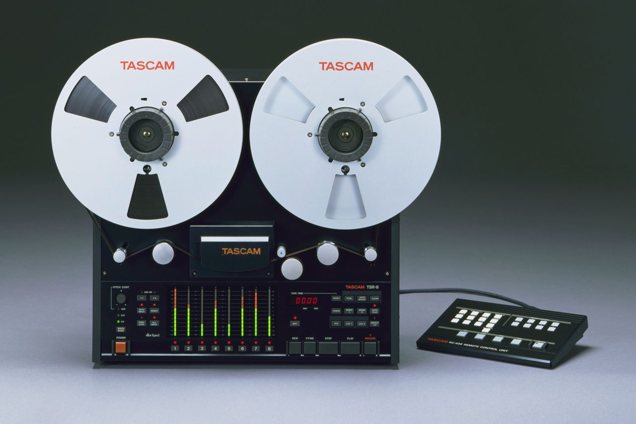 hight resolution of a guide to the latest trend in retro audiophilia