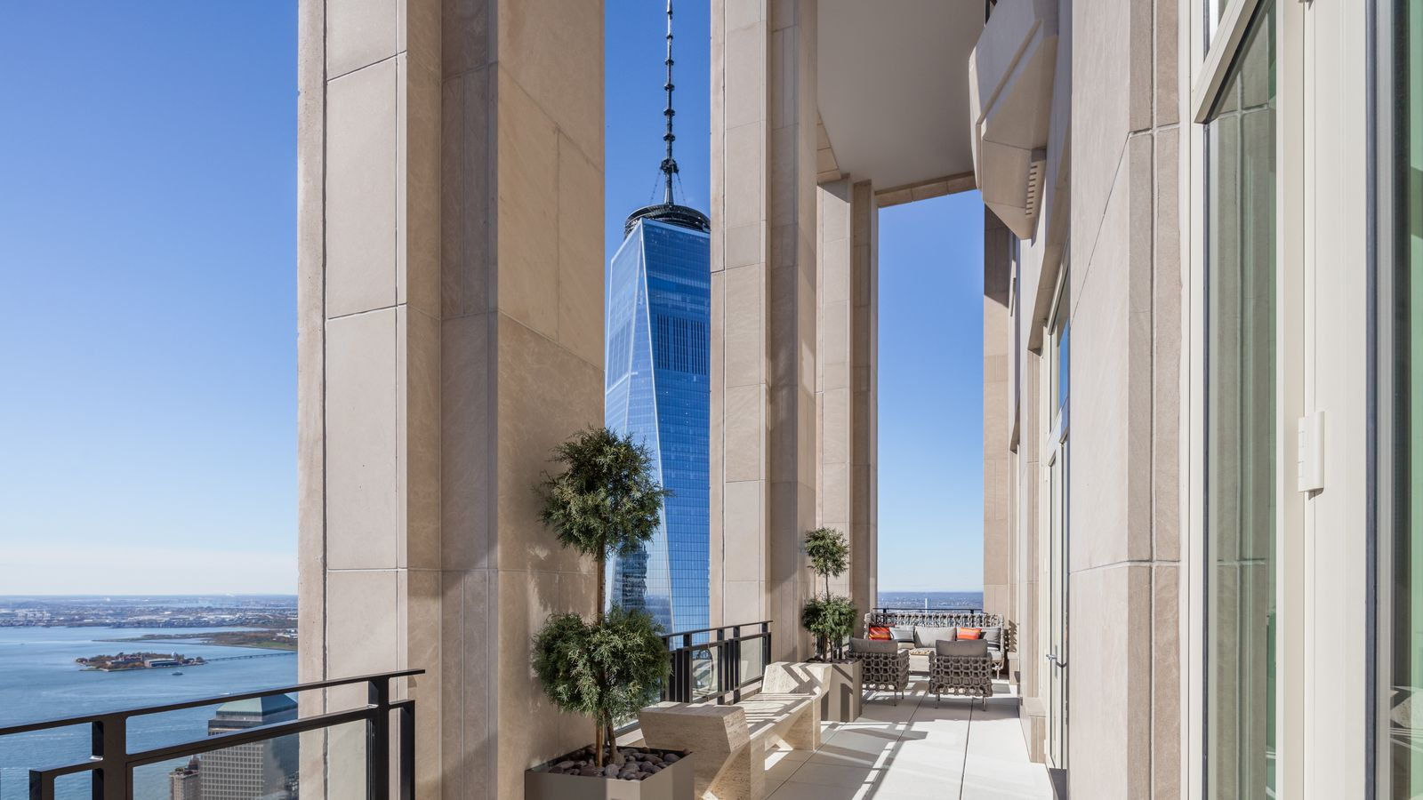 Robert AM Sterns 30 Park Place reveals a 295M