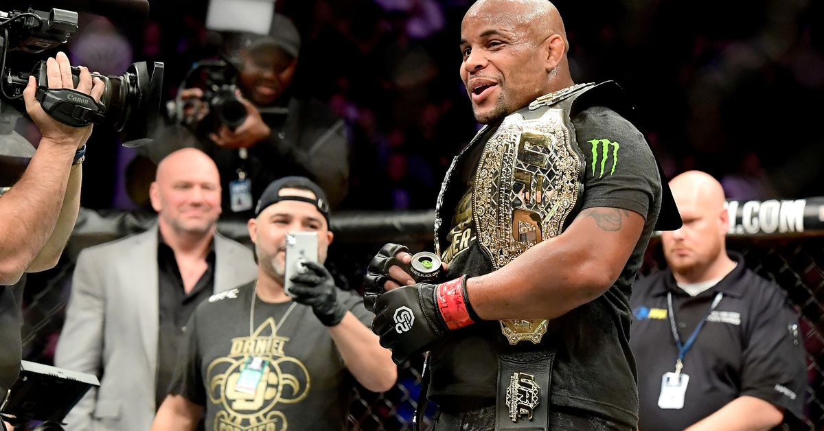 Daniel Cormier credits Jon Jones for UFC 232 win: I've never denied he's a 'phenomenal' fighter - Bloody Elbow