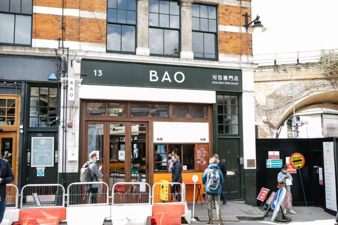 Bao at the Borough Market serves baos, fried chicken, sides, bubble tea, and beer