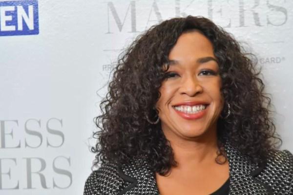 Netflix Signs Grey' Anatomy Creator Shonda Rhimes
