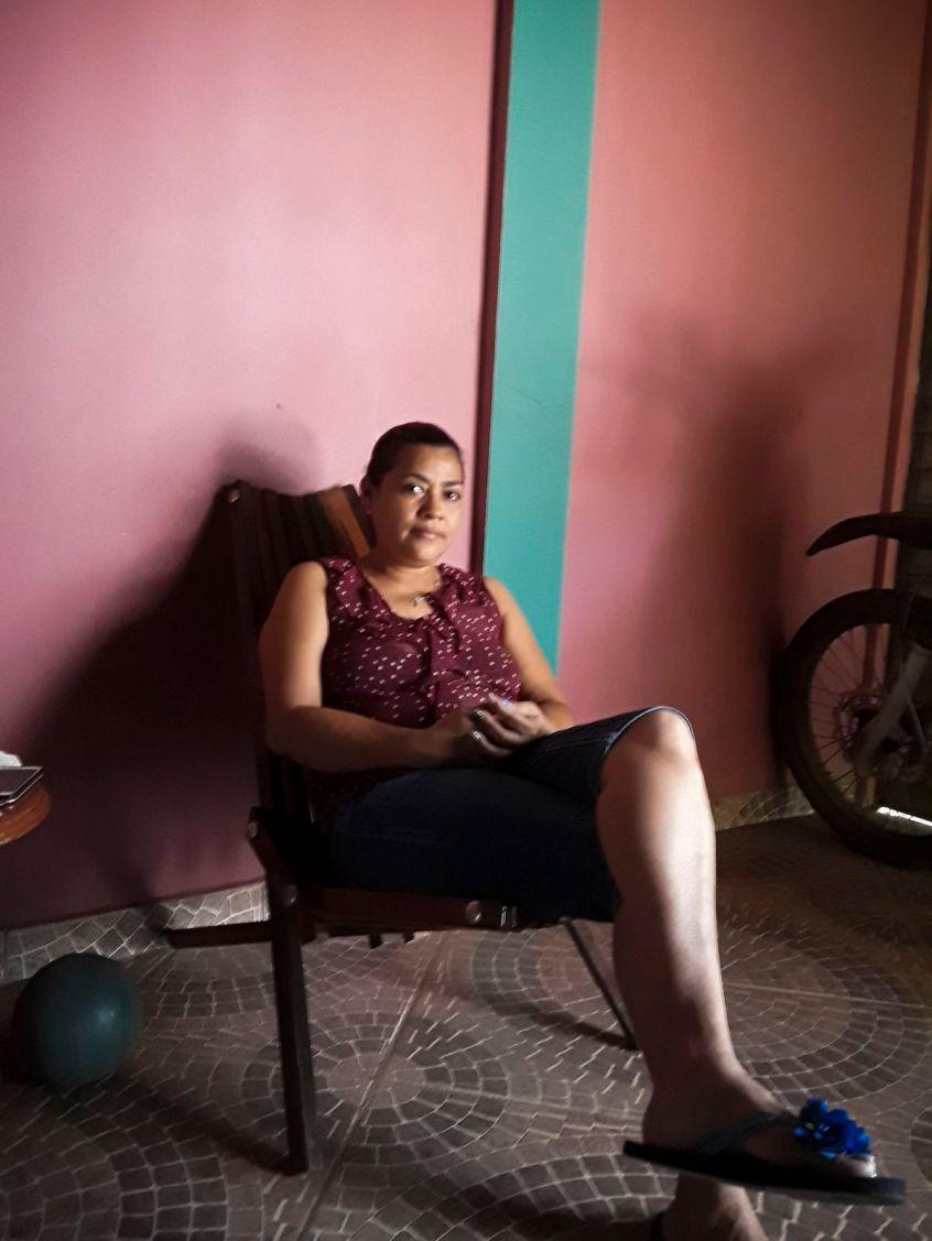 Sobeyda Castro es la madre de Ronal. Ella no puede decir con certeza quién mató a su hijo. Pero culpó a la policía hondureña y a los Estados Unidos por su renuencia a brindar seguridad a su hijo.  John Washington
