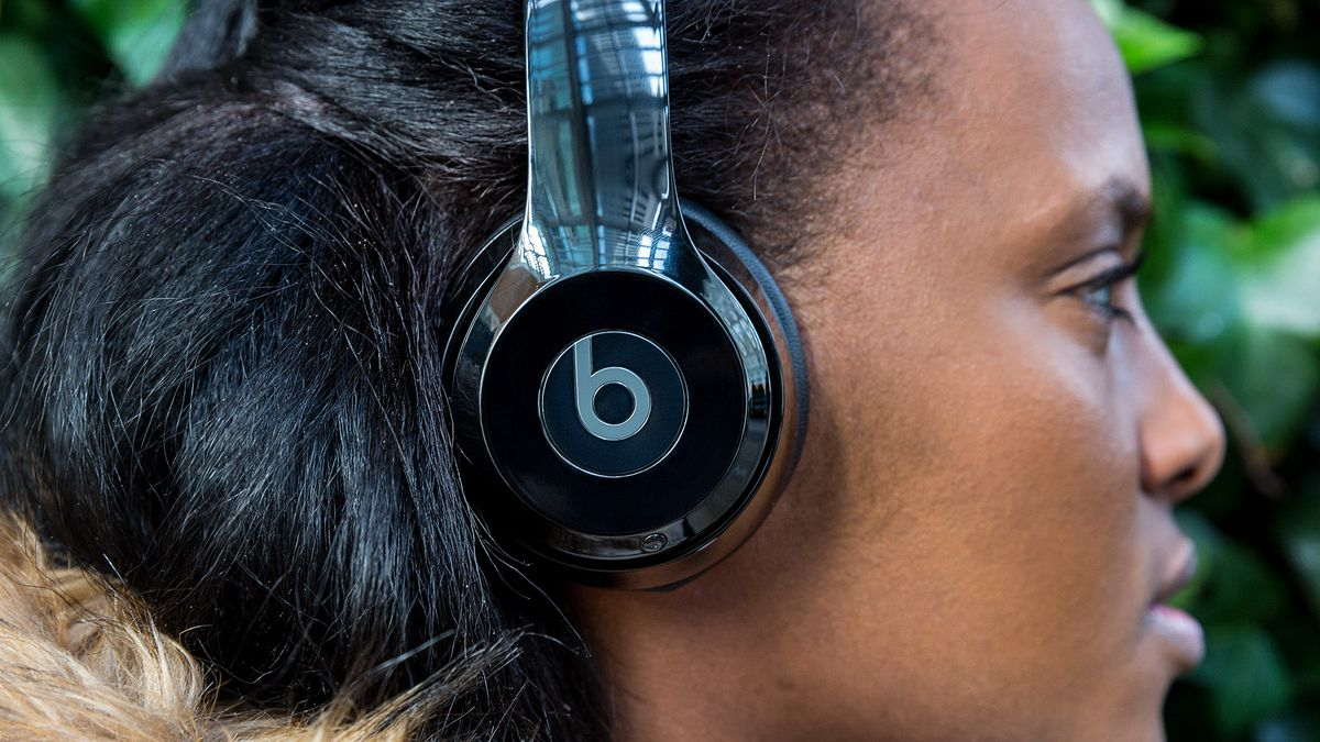 hight resolution of beats solo 3 review decent sound better wireless