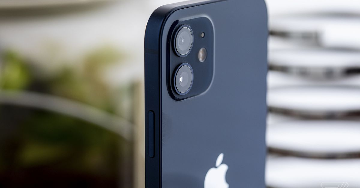 Brazil regulator fines Apple  million for not including chargers with iPhone 12
