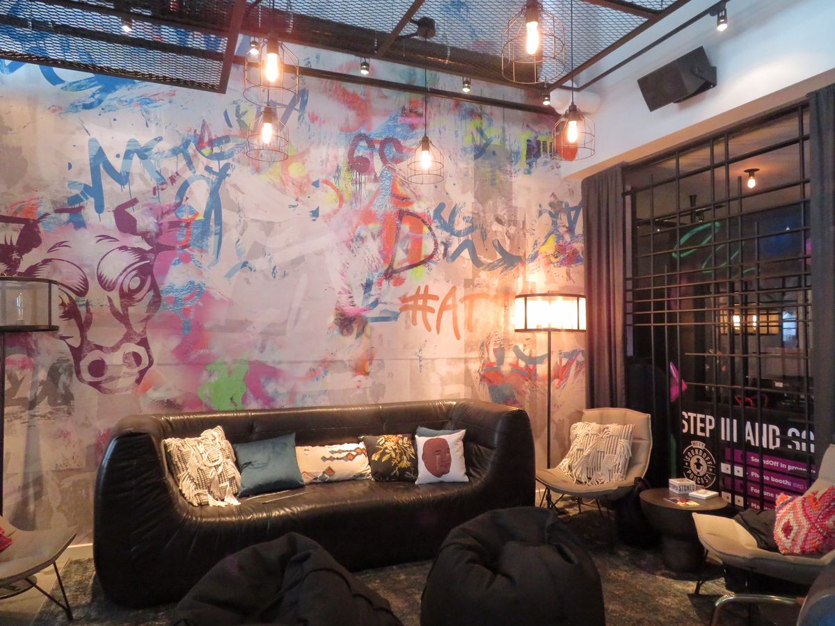 Chicagos Moxy Hotel opens in River North  Curbed Chicago