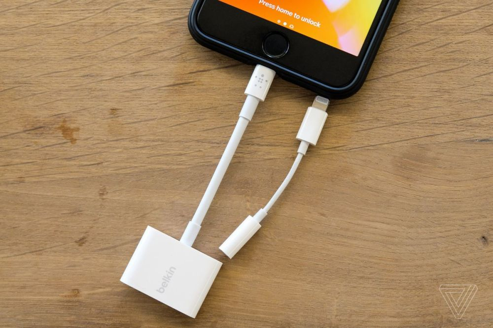medium resolution of this dongle is significantly larger than the iphone headphone adapter