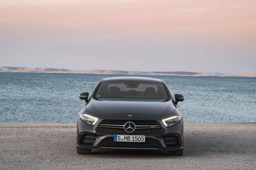 medium resolution of the 2019 mercedes e class gets the electric boost it needs