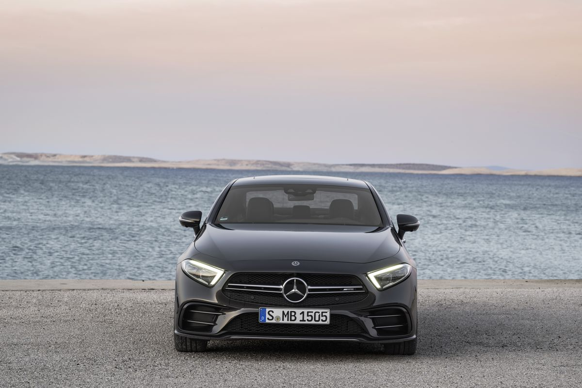 hight resolution of the 2019 mercedes e class gets the electric boost it needs